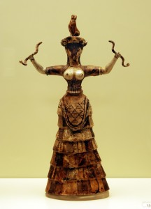 Snake_Goddess_-_Heraklion_Achaeological_Museum